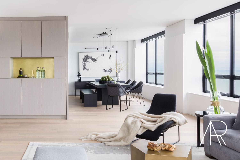 ©ALyssaRosenheck2017  Alyssa Rosenheck with Architectural Digest in Chicago with Alexis Bednyak Design