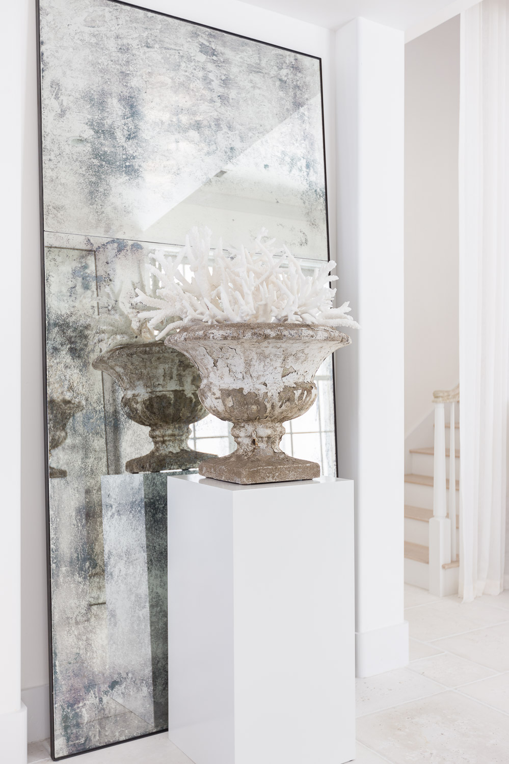 Alyssa Rosenheck's Expert Styling Tips for a light bright white space with Purewow and Design Chelsea Robinson Interiors