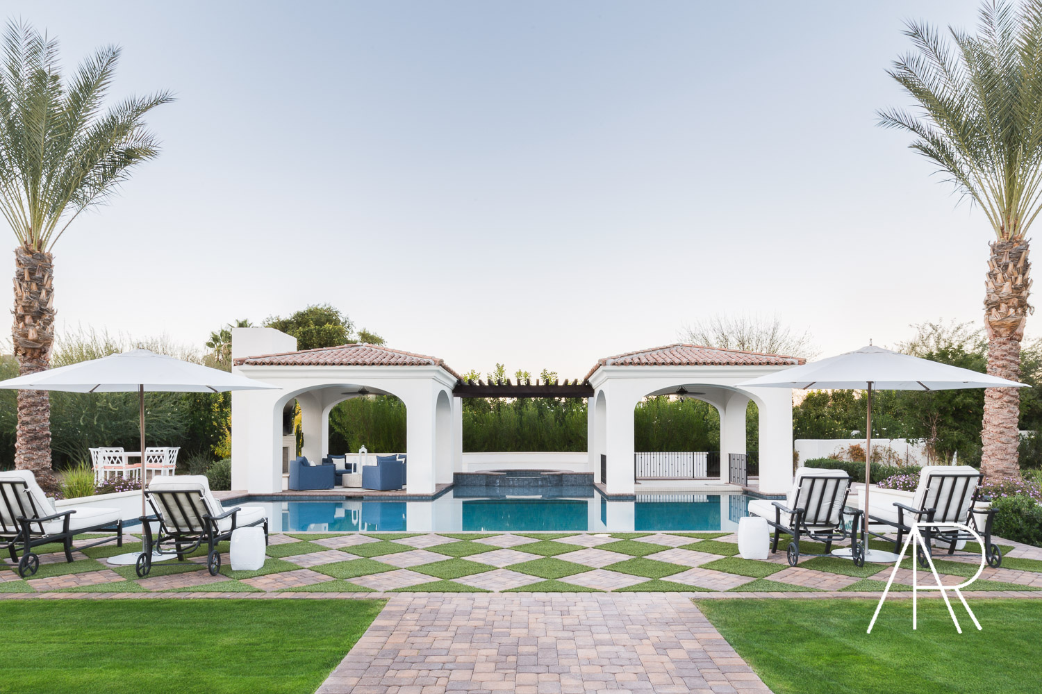 ©AlyssaRosenheck Scottsdale AZ Pool with Mydomaine and Bria Hammel Interiors