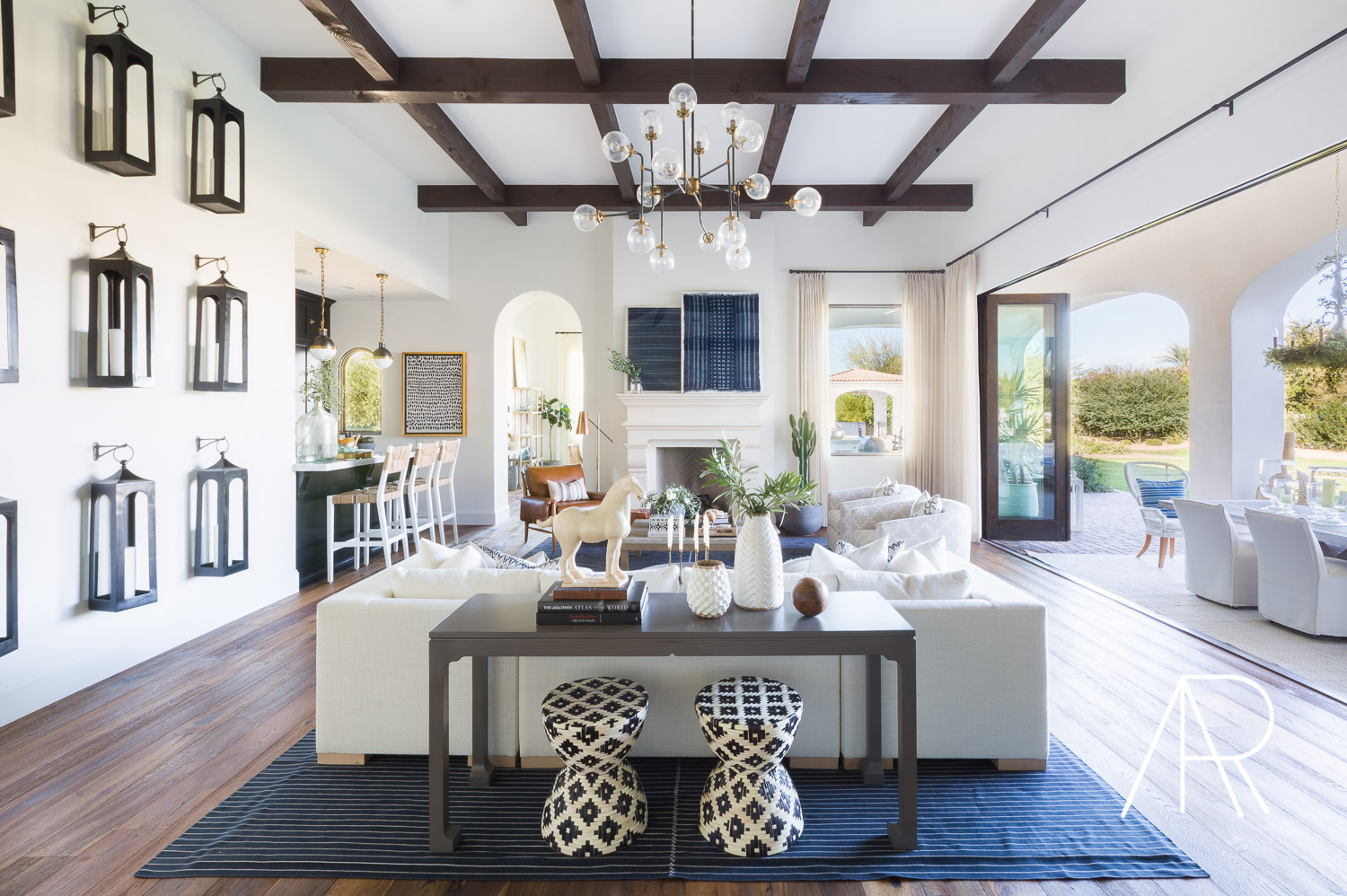 ©AlyssaRosenheck Scottsdale AZ Living Room with Mydomaine and Bria Hammel Interiors