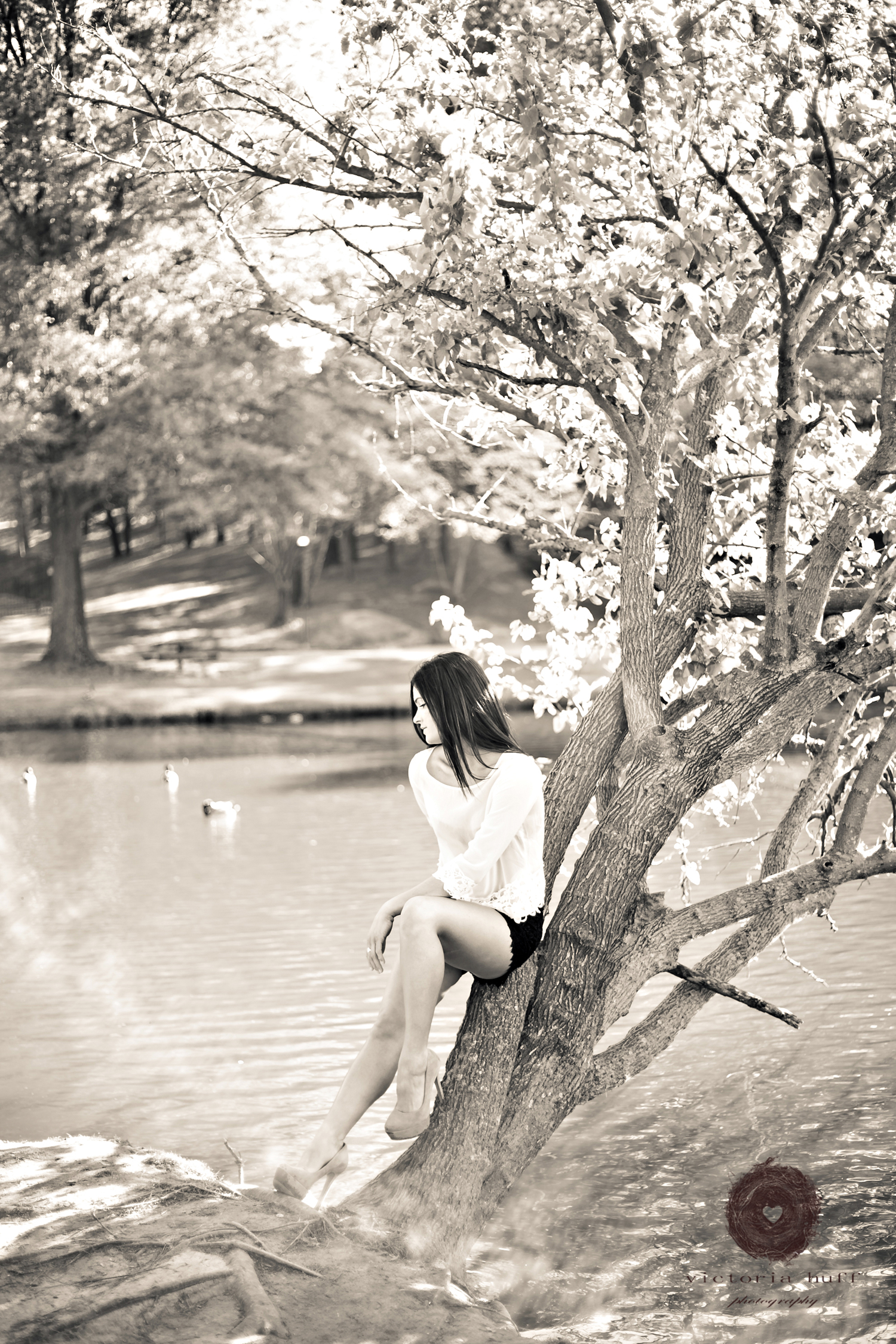 Nicole-Acevedo-Atlanta-Georgia-Lenox-Pond-Vintage-Photography-062.jpg