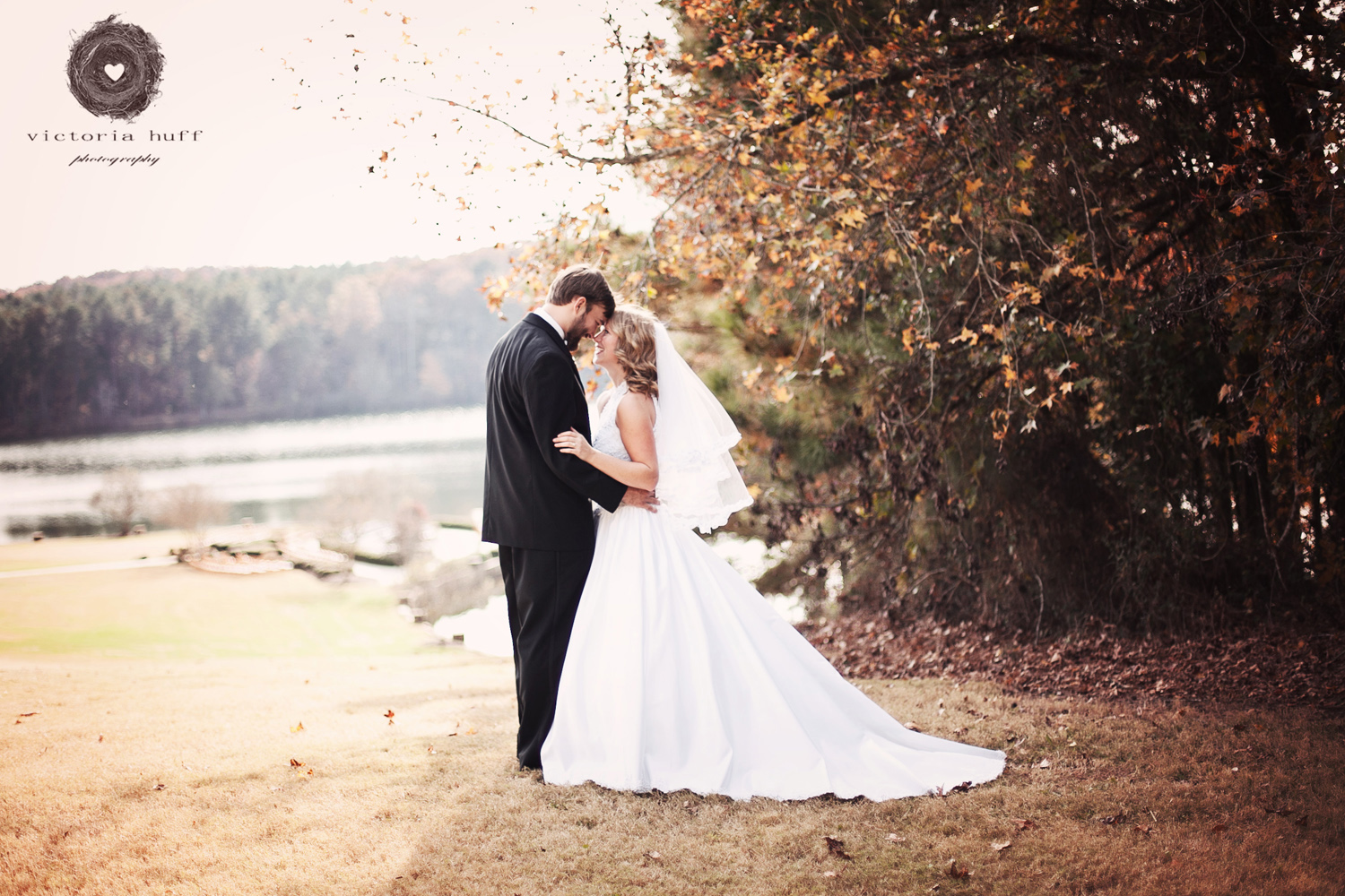 Wedding-Photography-Chelsea-Futrell-Chris-Deans-Gracewood-Athens-Bishop-Oconee-Georgia-outdoor-wedding-fall-2.jpg