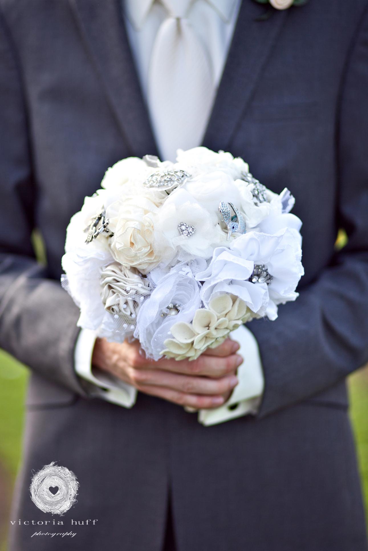 Wedding-Photography-Lindsay-Collins-Jason-Baggett-Wedding-Centennial-Park-Nashville-Tennessee-Hotel-Indigo-Vintage-387.jpg