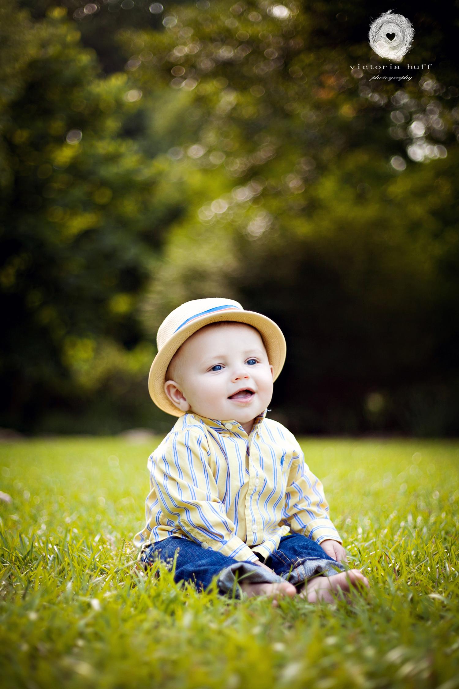 Brayson-Athens-Georgia-Botanical-Gardens-toddler-hat-baby-photography-2.jpg