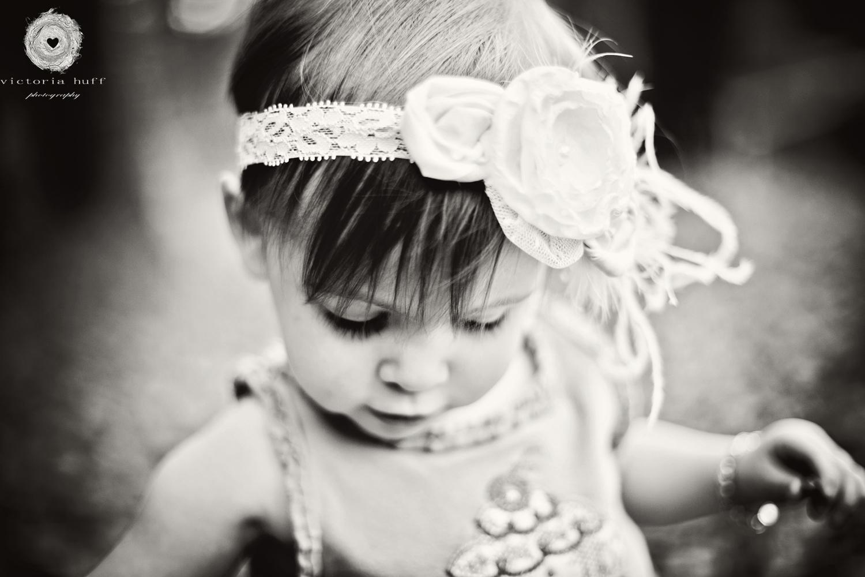 Callie-baby-toddler-headband-north-georgia-mountains-suches-photography-1.jpg