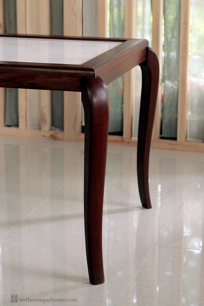 an table 1340.jpg