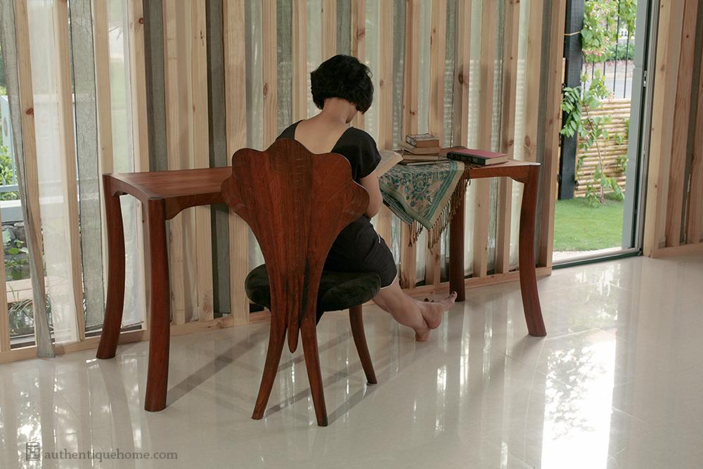 14 furniture 1652.jpg