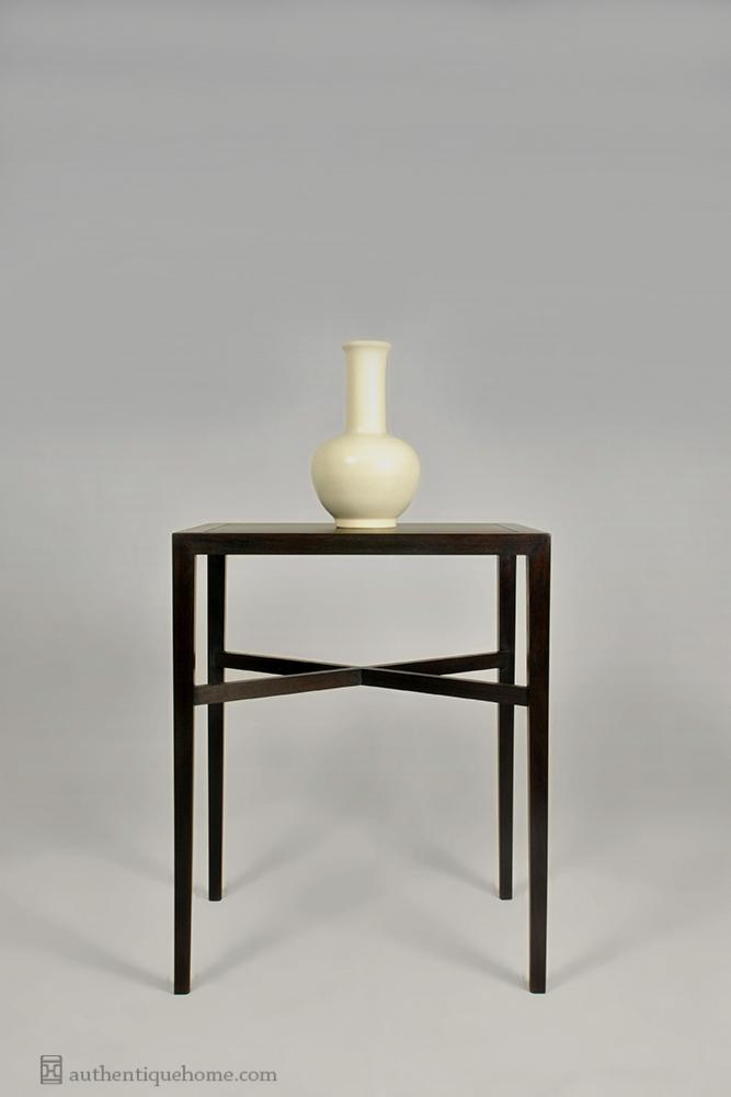 wine table 6339.jpg