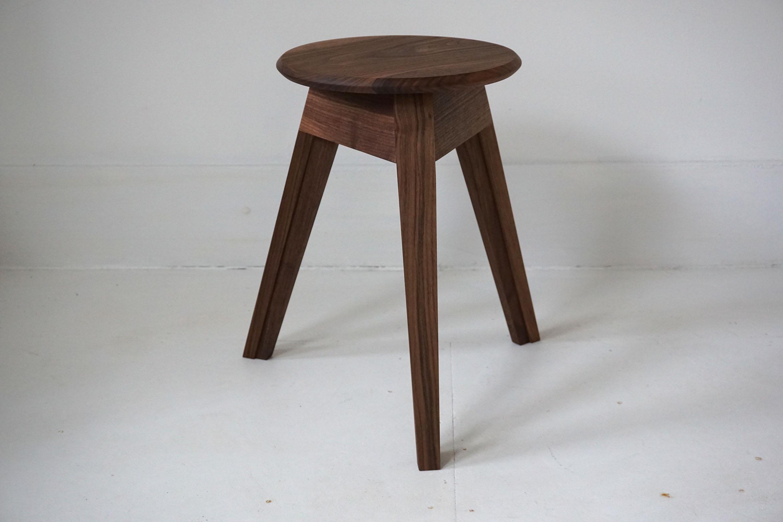 satellite.stool.1.copy.jpg
