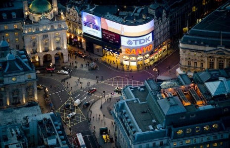 piccadilly+circus+(4).jpg