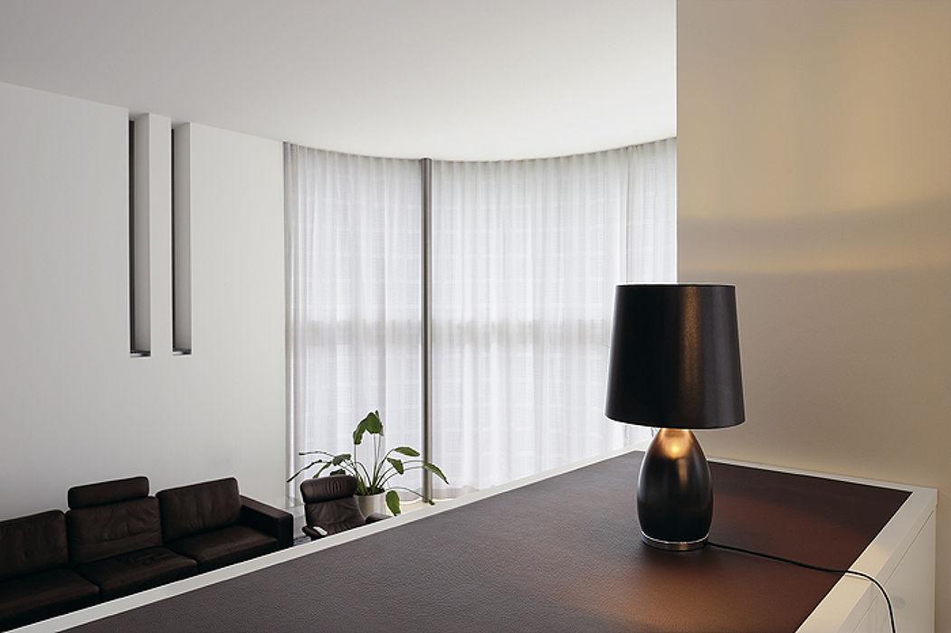 moderní světla na stůl.jpg
