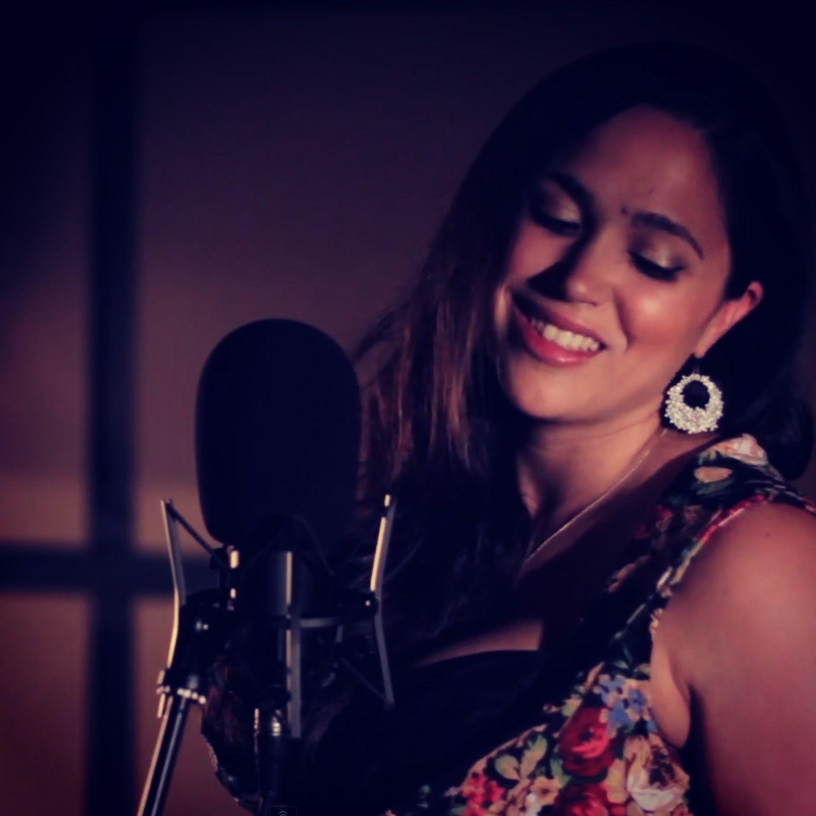Bex Bennett recording at Resident Studios