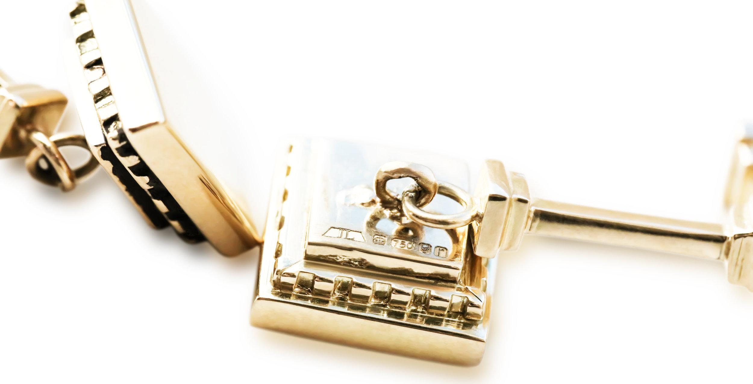 Mullion cufflinks-18ct yellow gold 2.jpg