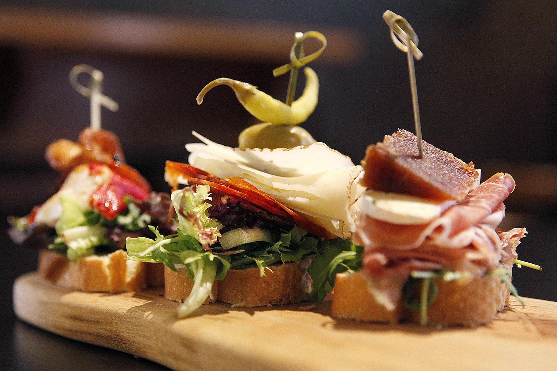 CHP_Export_123128259_SA Weekend review - La Rambla Tapas Peel St [PIC] Tapas on bread - Gambas con p.jpg