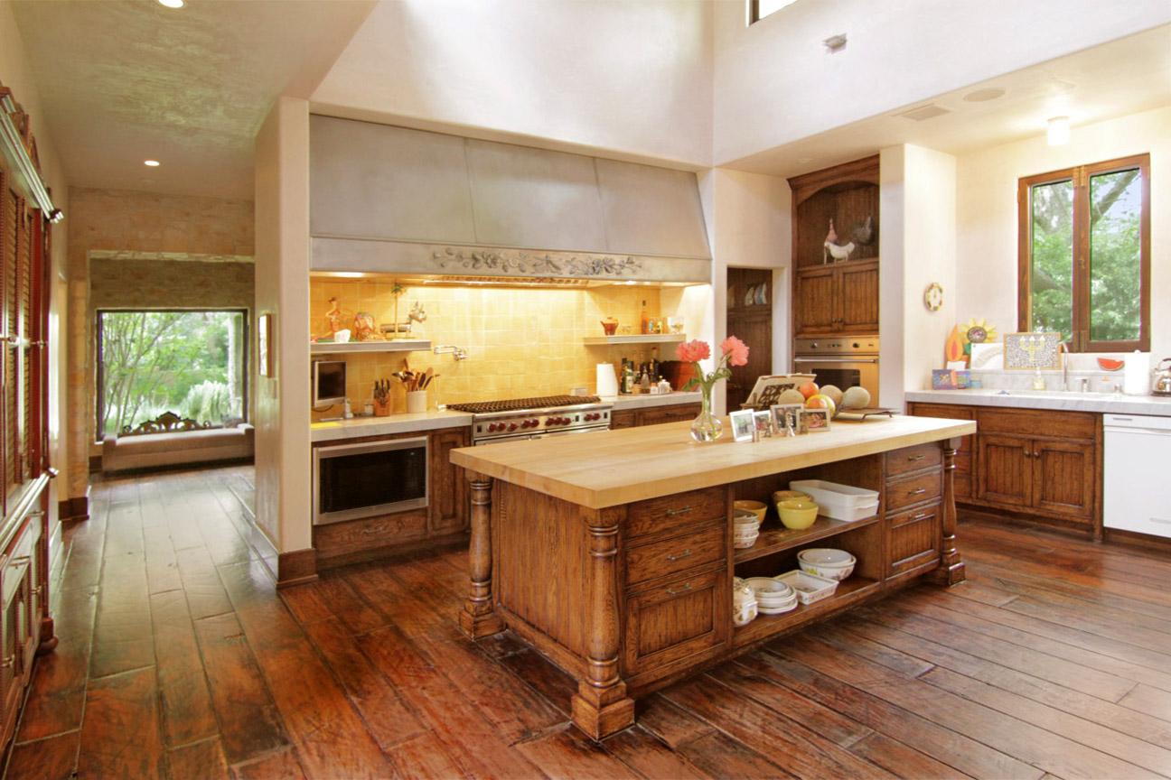 Kitchen west1e-4.jpg