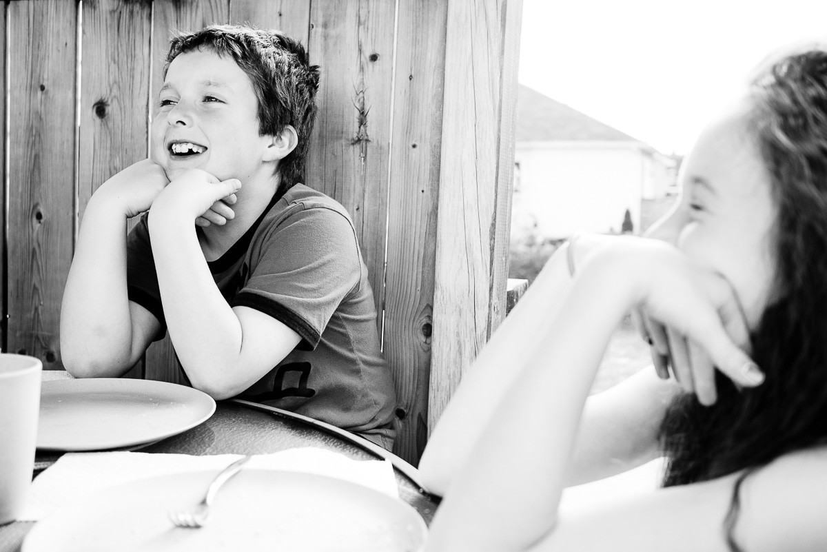 Having fun dining outside. I love those moments.