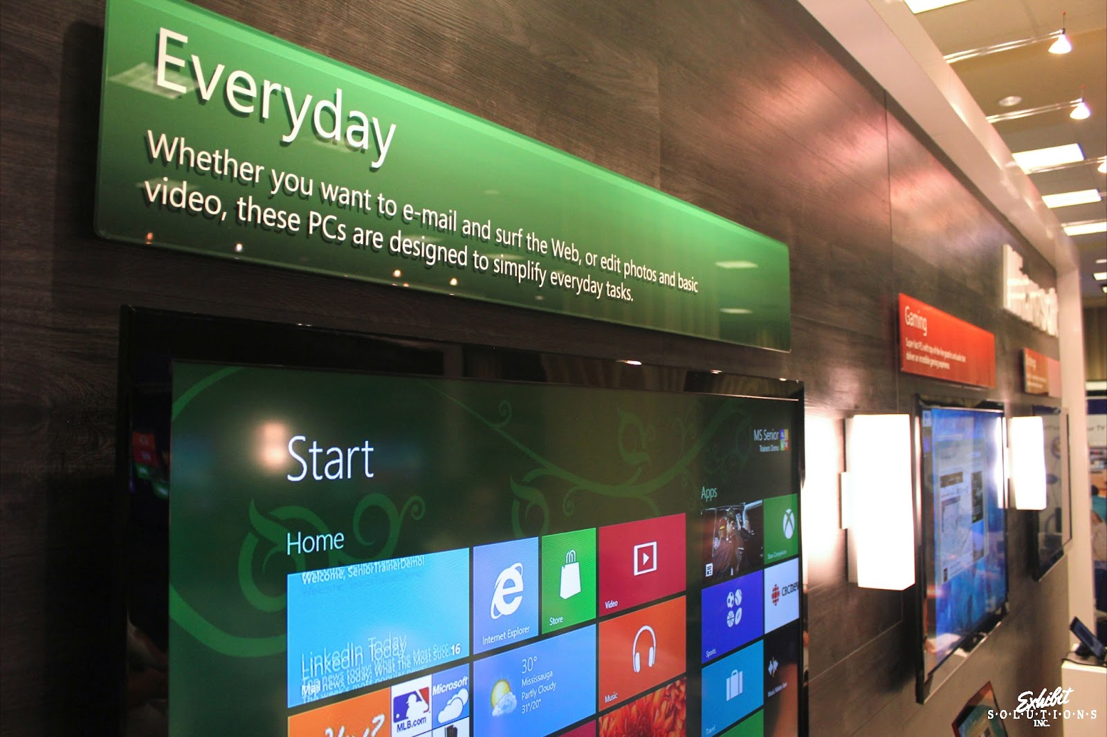 Exhibit Solutions - Microsoft - Future Shop Home Office Show 2012 - 06.JPG
