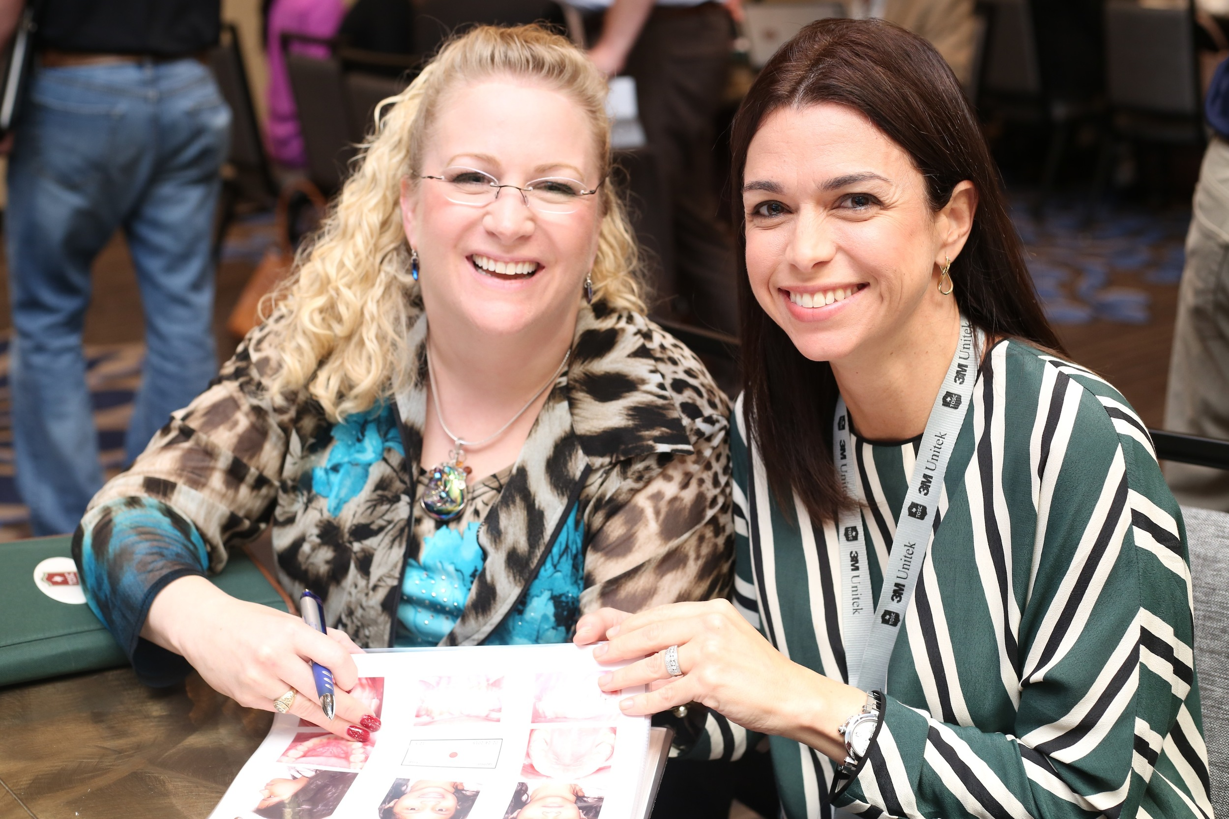Drs. Meredith Scott and Anabella Henao-Aldrey