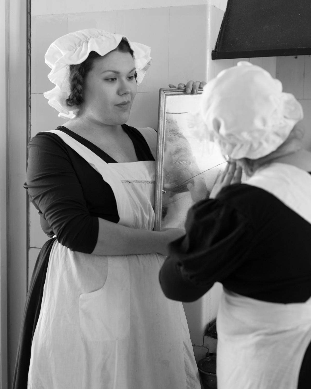 Palvelusväkeä tauolla Servants In Kitchen