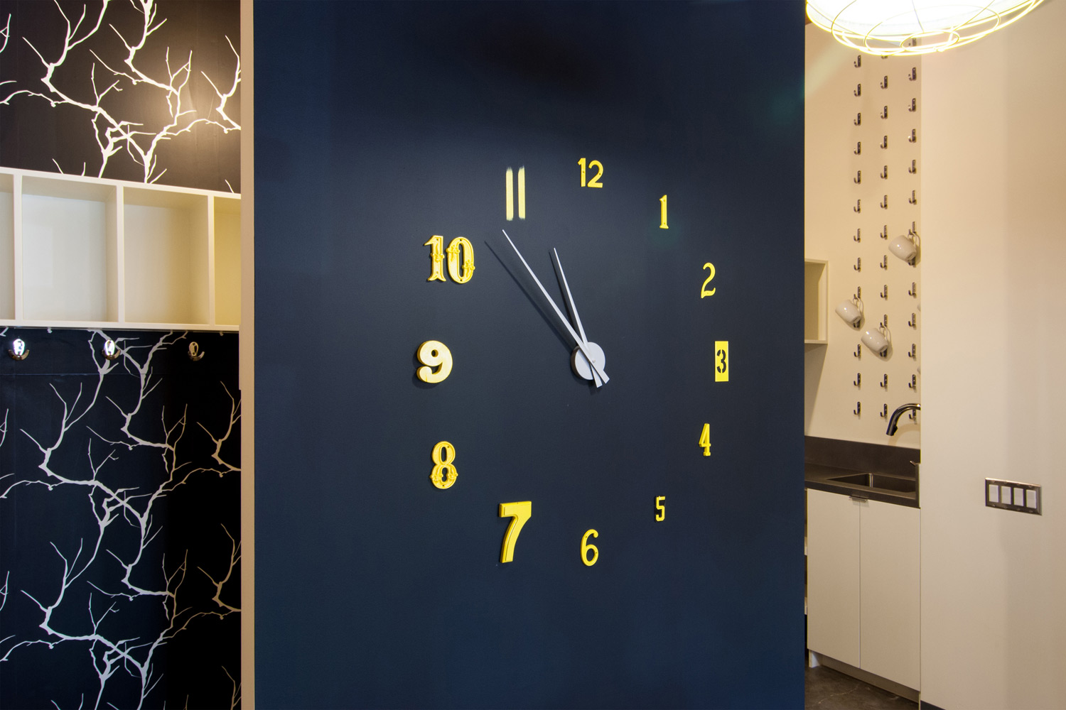 BUILD-LLC-Society-Wall-Clock-05#.jpg