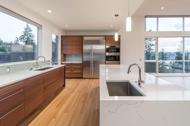 BUILD-LLC-Pham-Int-Kitchen-05-HDR#.jpg