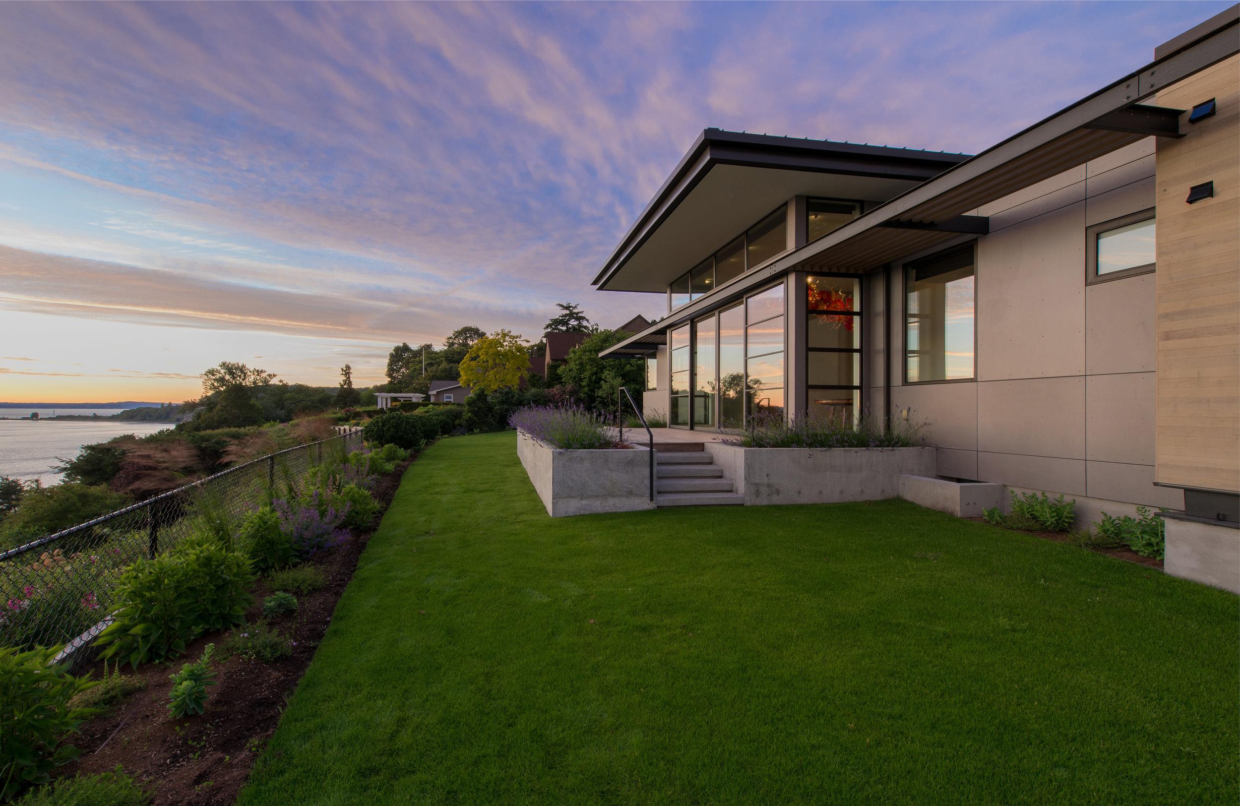 BUILD-LLC-HGH-W-Sunset-02#.jpg