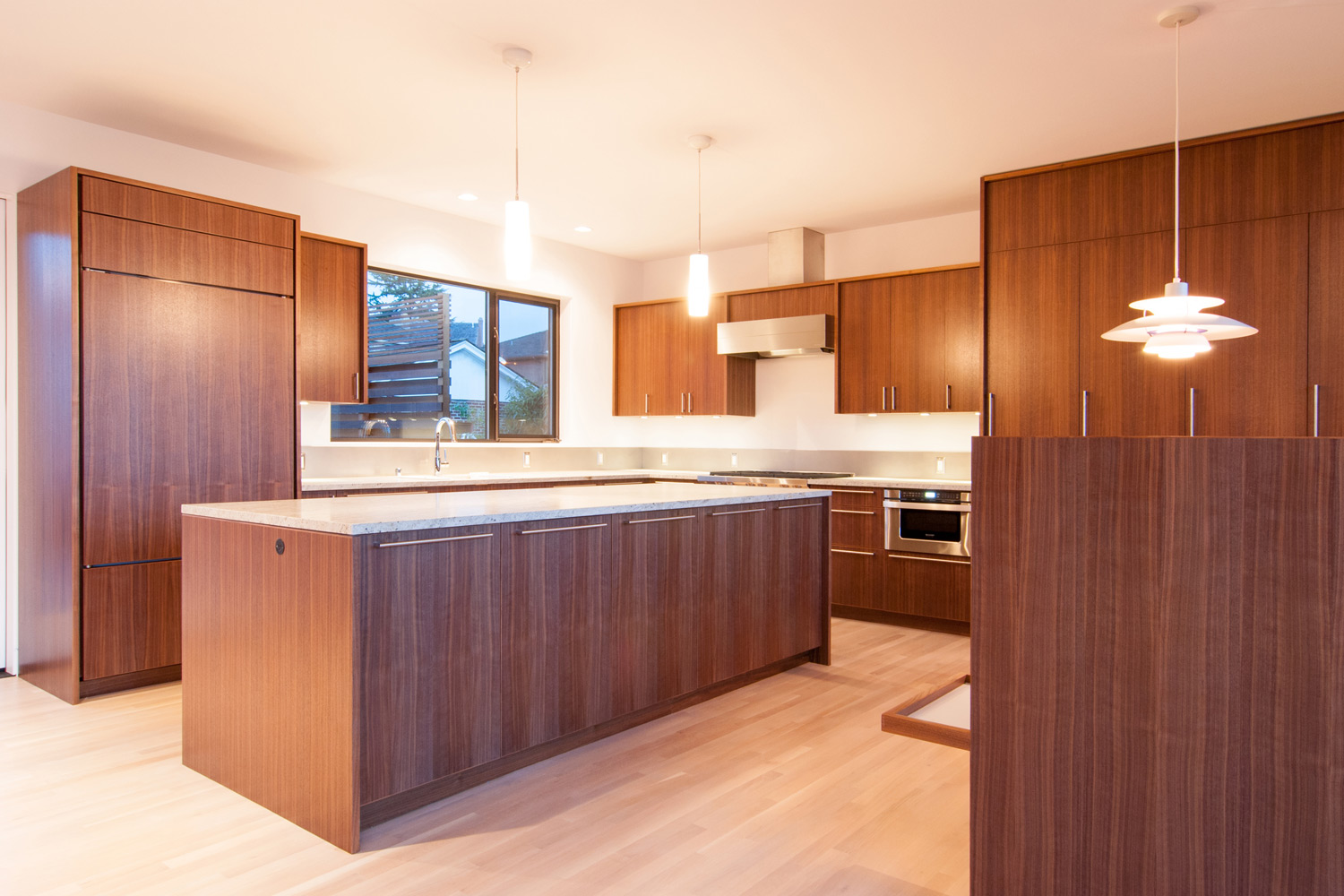 09 BUILD-LLC-Magnolia-Kitchen-01.jpg