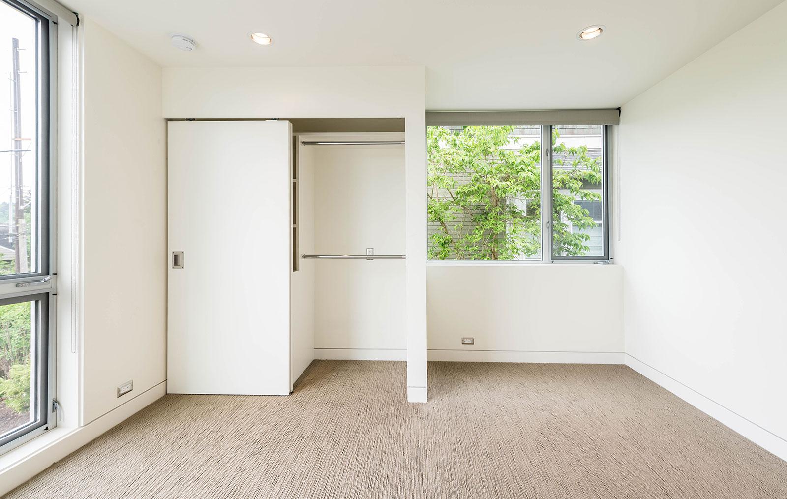 BUILD-LLC-Pambianco-Int-Bedroom-04.jpg