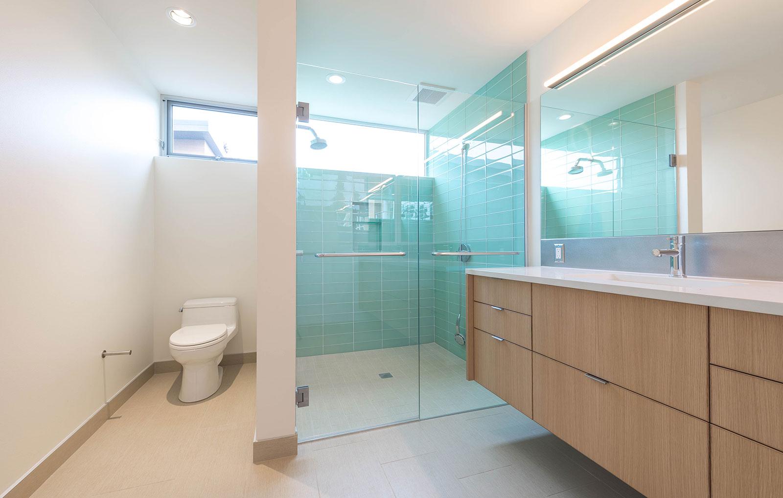 BUILD-LLC-Pambianco-Int-Master-Bath-04#.jpg