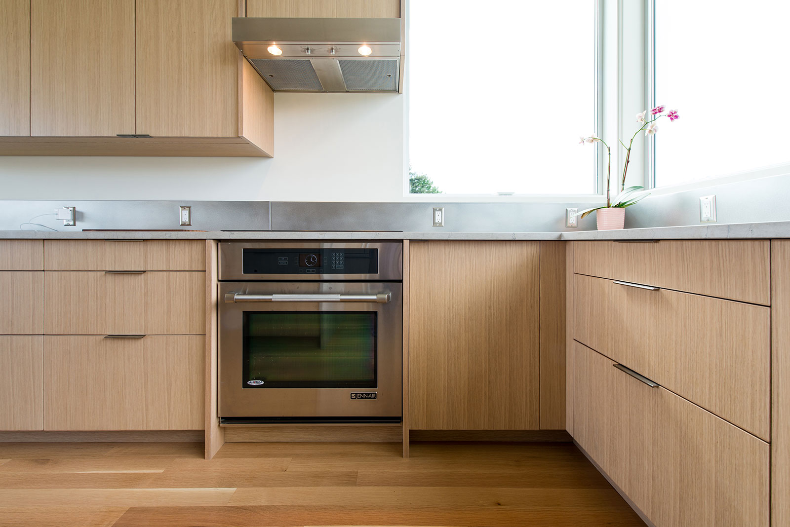 BUILD-LLC-CSH-Int-Kitchen-05.jpg