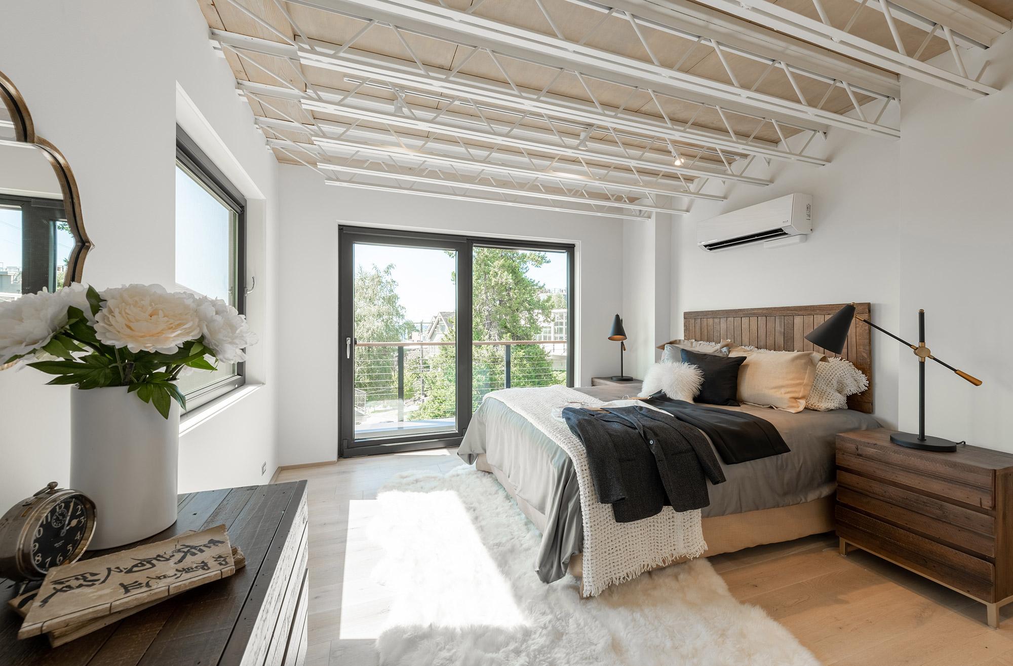 BUILD-LLC-Lee-Street-Lofts-Int-Master-Bedroom-01.jpg