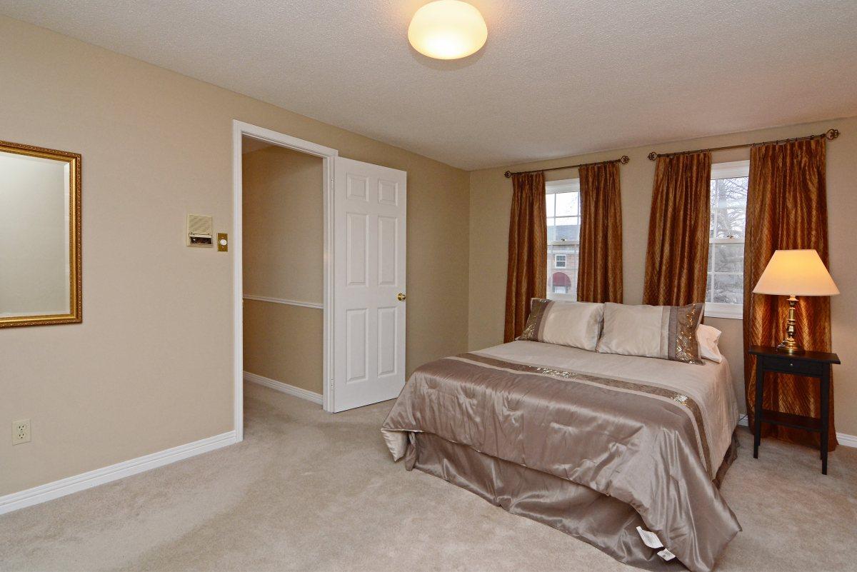 31_ferndell_circle_mls_hid791952_roommasterbedroom1.jpg