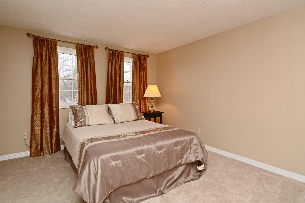 31_ferndell_circle_mls_hid791952_roommasterbedroom2.jpg