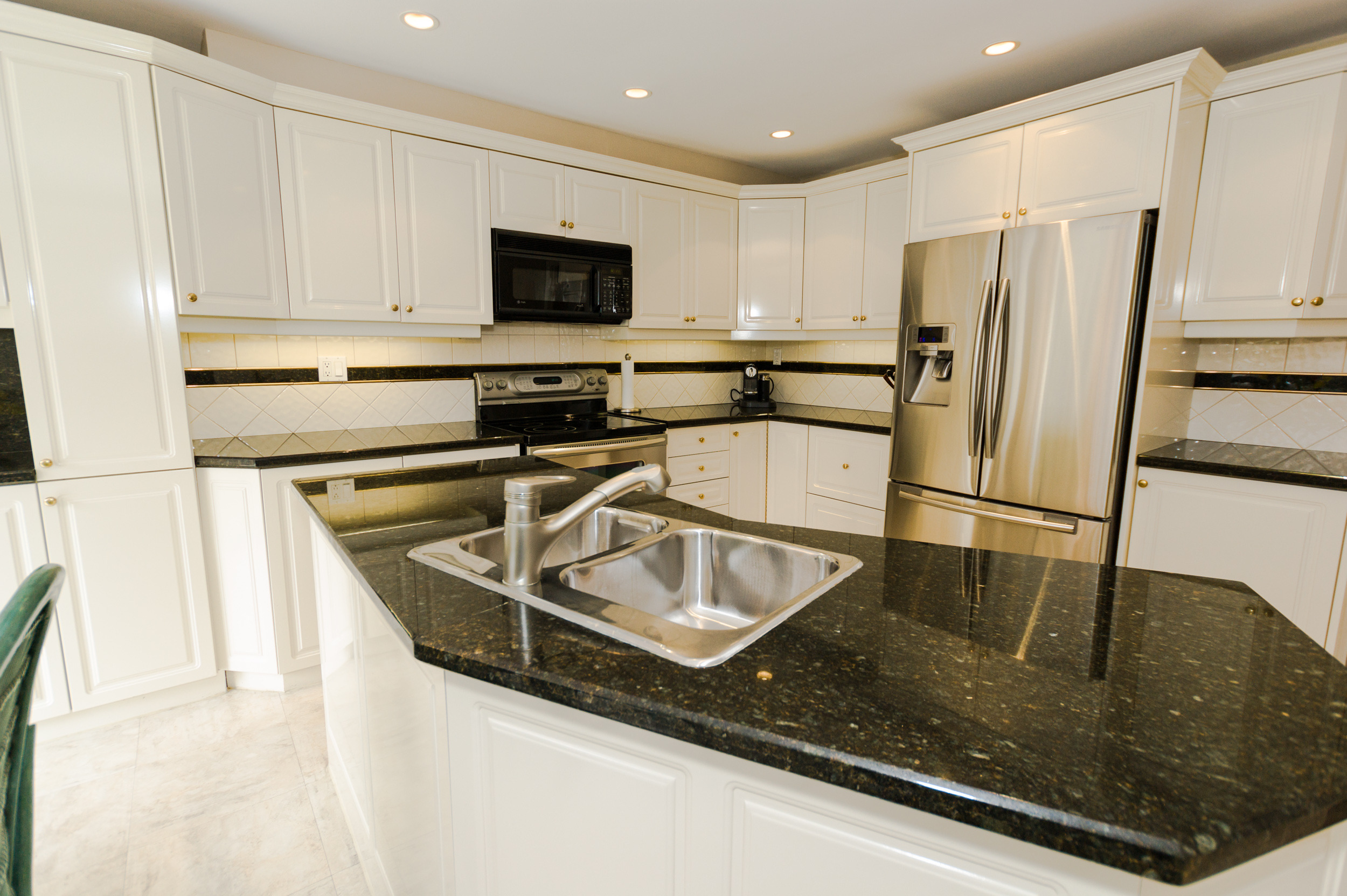 41-Normandale-Road-110 Kitchen Island.jpg