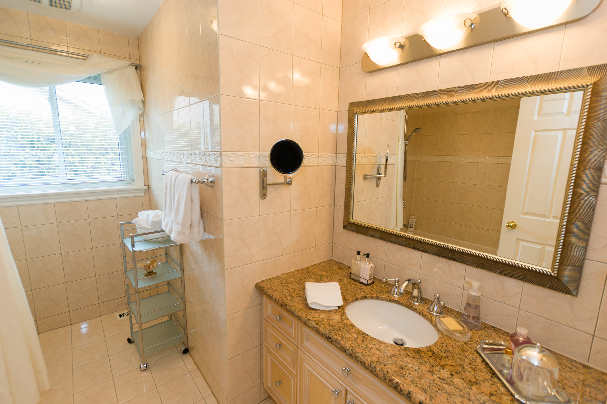 41-Normandale-Road-121 Upper Bathroom 1.jpg