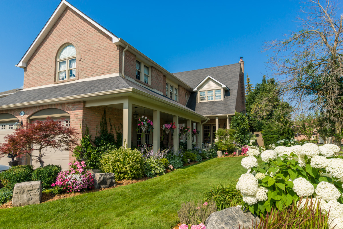 84 Longwater Chase -