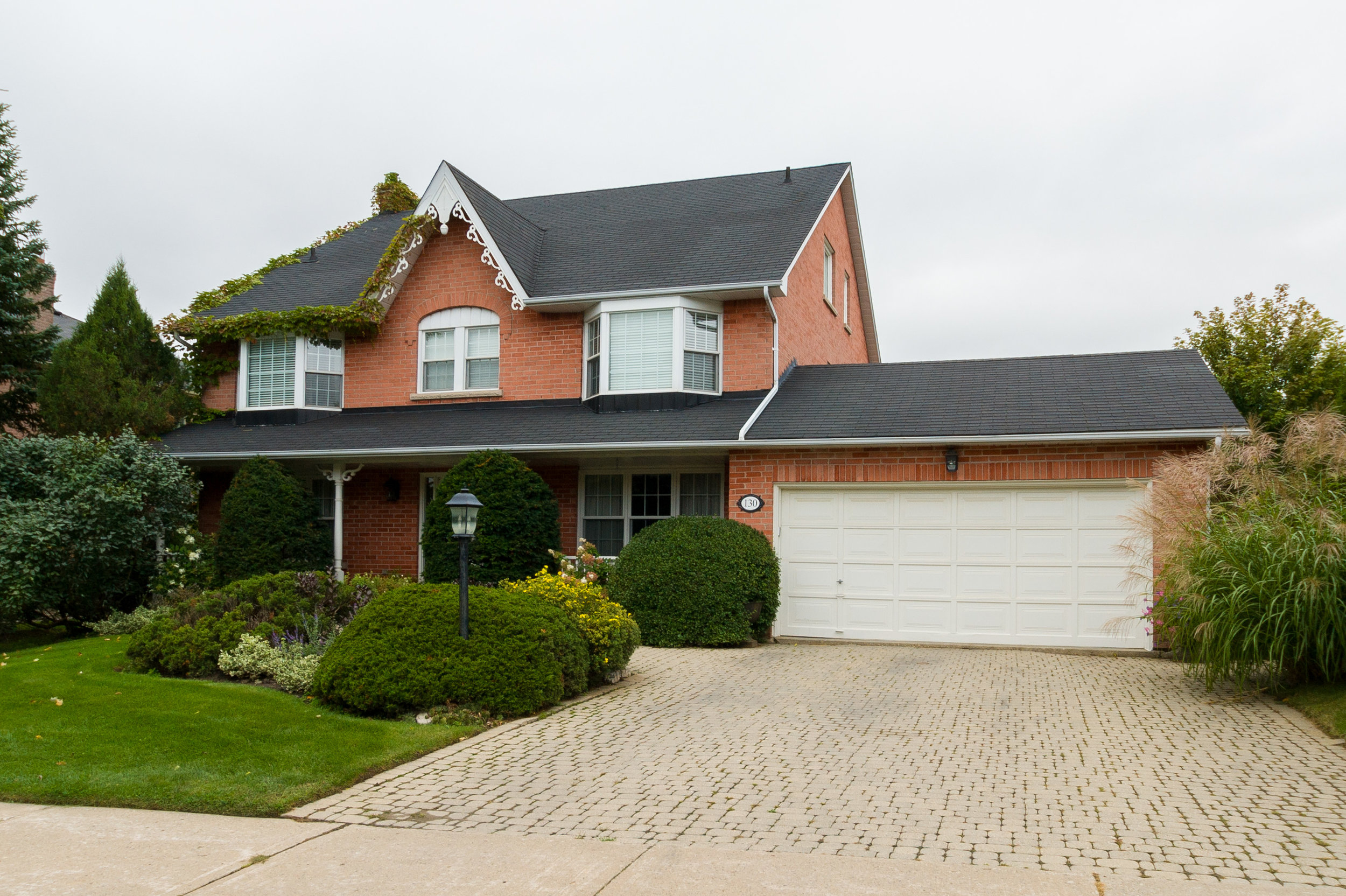 130 Longwater Chase -