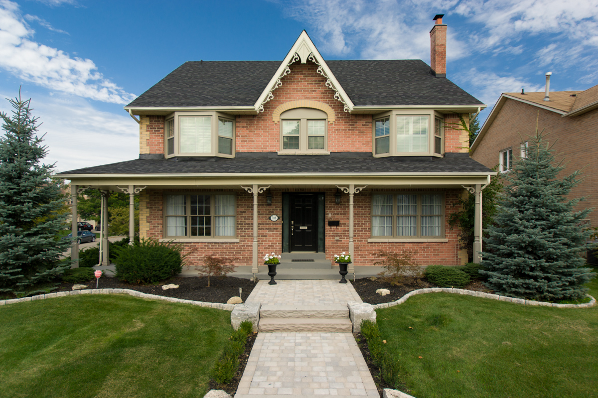 112 Longwater Chase -