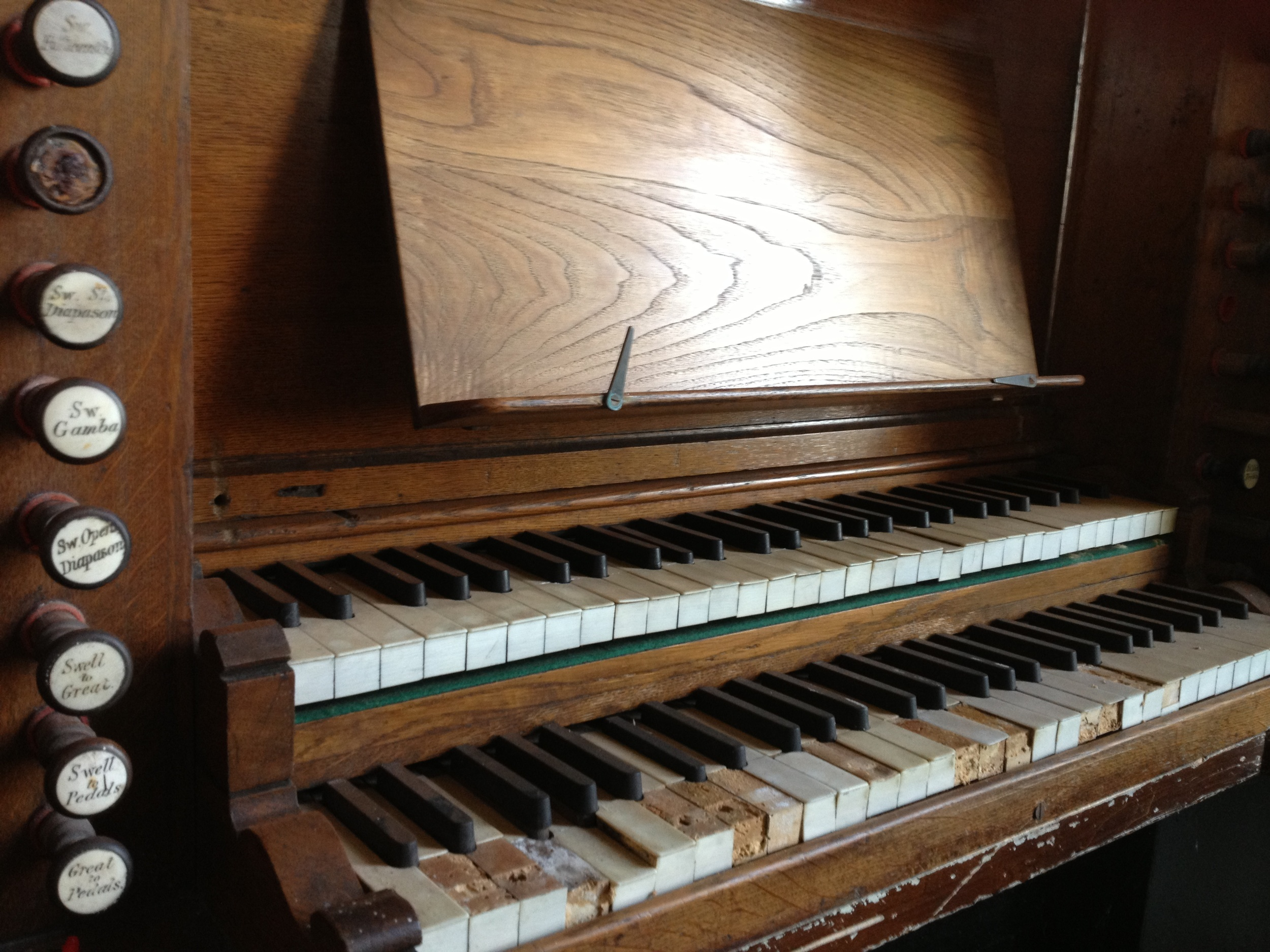 Salem Chapel organ
