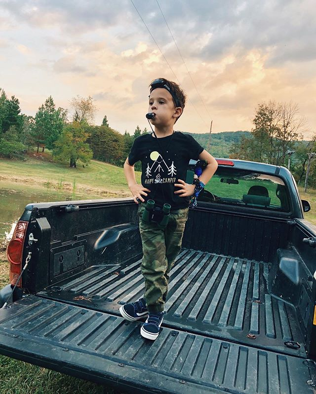 Epic shot of an epic little human. Shenandoah camping adventure with @brenda.walz.vanness and @reneeperes