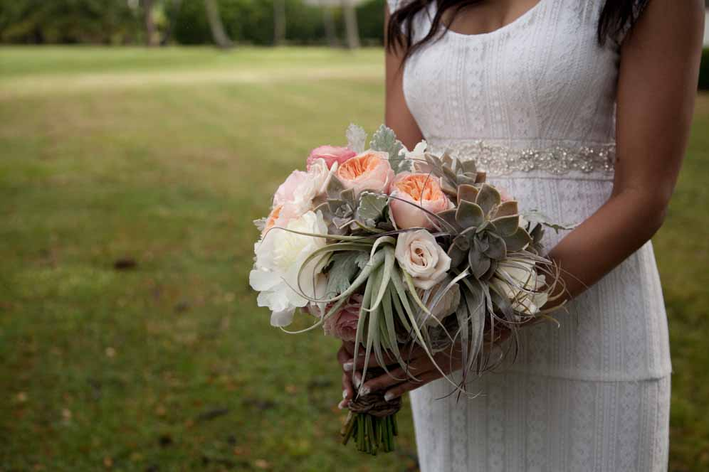 Destination+Hawaii+Wedding+Pho-2924719421-O.jpg