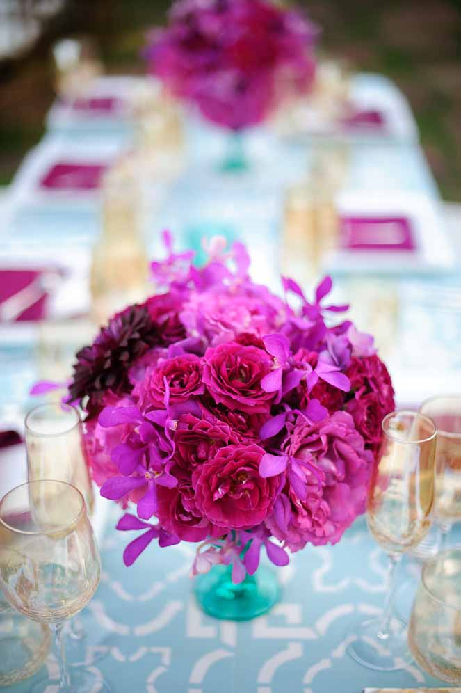 bright fuchsia and turquoise centerpieces florals by Passion Roots | Photography by Visionari | Oahu, Hawaii
