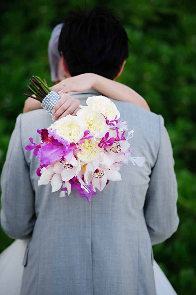 glamorous purple and white bouquet florals by Passion Roots | Visionari Photography | Oahu, Hawaii