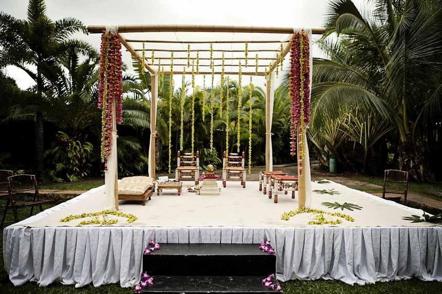 Hawaiian Indian Wedding Mandap by Passion Roots | Creatix Photography | Oahu, Hawaii