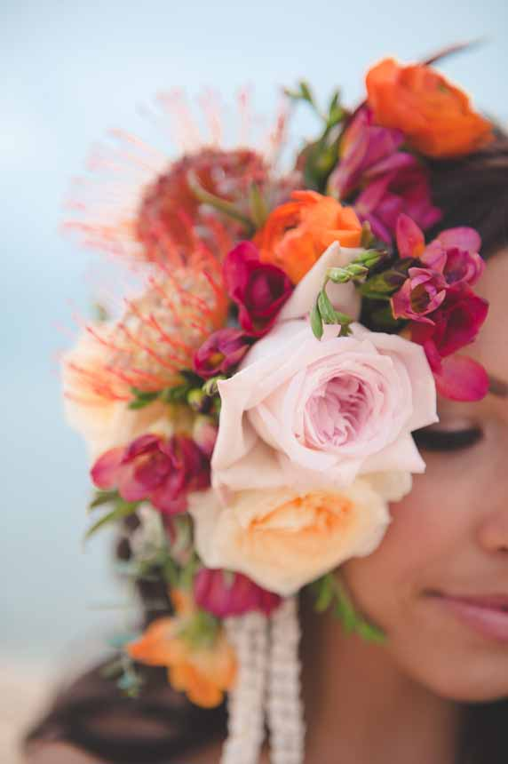 tropical flower headpiece by Passion Roots | Bit of Ivory Photography | Oahu, Hawaii