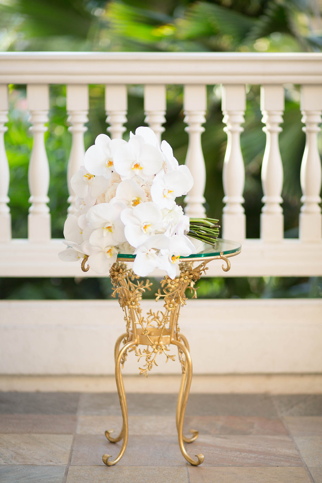dramatic white orchid bouquet florals by Passion Roots | Ashley Goodwin Photography | Oahu, Hawaii
