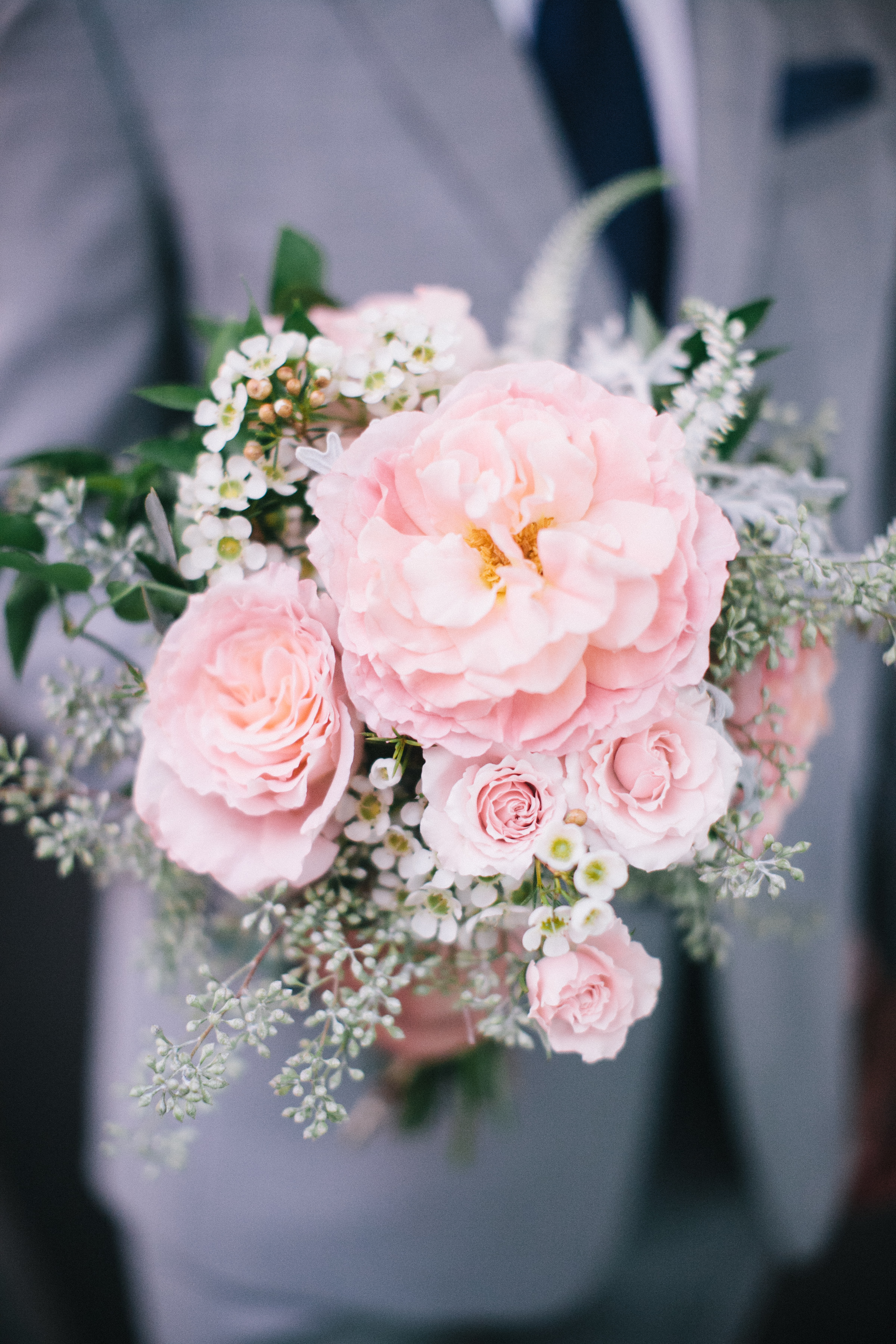 pink and foliage bouquet by Passion Roots | Pinky Photography| Oahu, Hawaii
