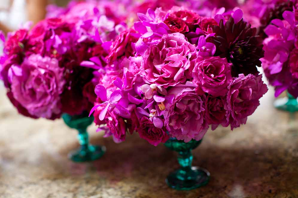 bright fuchsia and turquoise centerpieces by Passion Roots | photography by Visionari | Oahu, Hawaii
