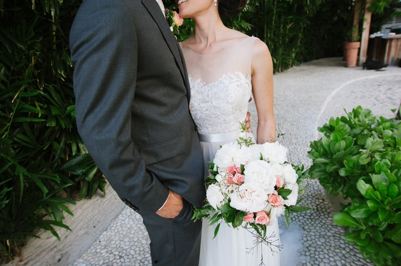 Touches of Pink Bouquet by Passion Roots | Derek Wong Photography | Oahu, Hawaii