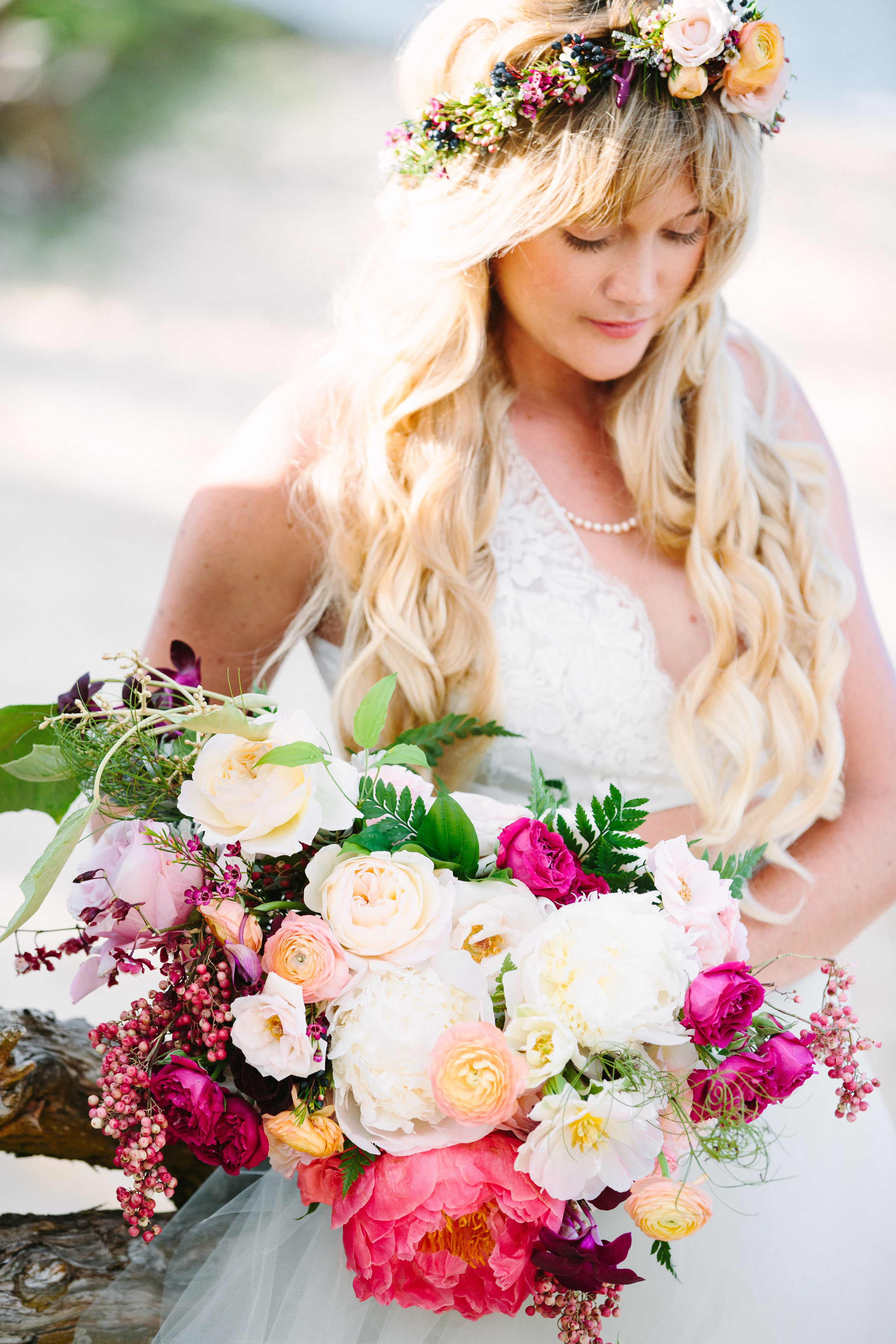 bouquet florals by Passion Roots | AbsolutelyLovedPhotography | Oahu, Hawaii